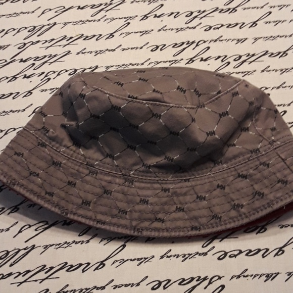 a9d277a3652 Helly Hansen Accessories - Helly Hansen bucket hat